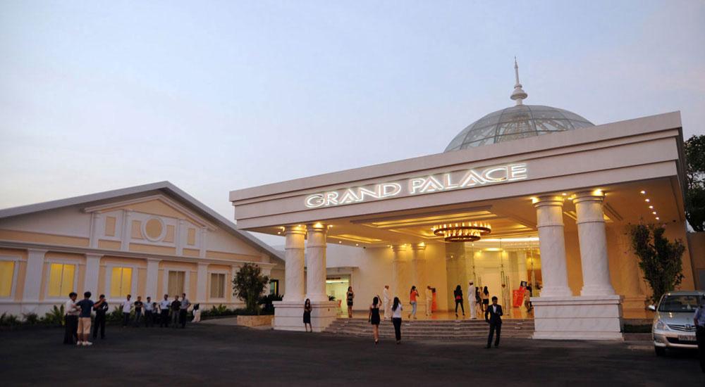 GLAND PALACE