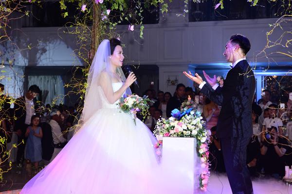 Những bộ váy cưới lộng lẫy và đắt tiền của sao Việt nửa đầu năm 2017